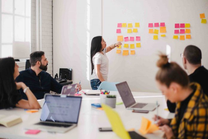 Advantages of Workplace-Based Coaching & Mentoring